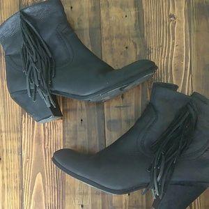 Sam Edelman Louie black fringe booties size 9
